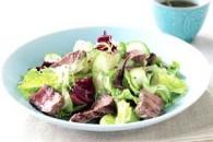 Свіжі ідеї весняних салатів